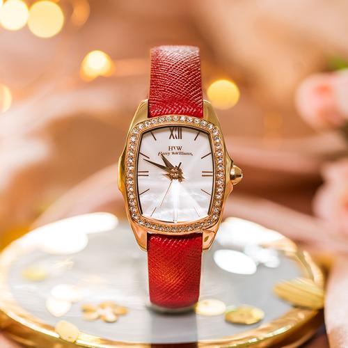 女骑手粉丝送手表 手表图片