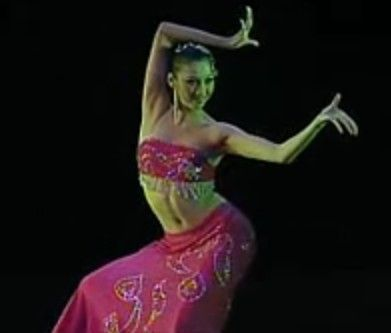原版傣族舞蹈彩云之南桃李杯女子独舞傣族裙子视频